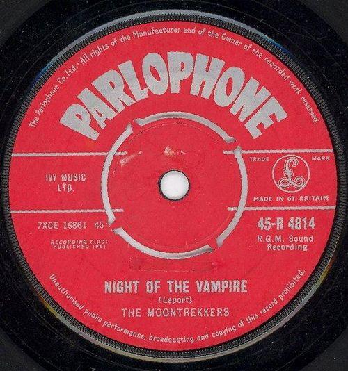 The Moontrekkers - Night Of The Vampire